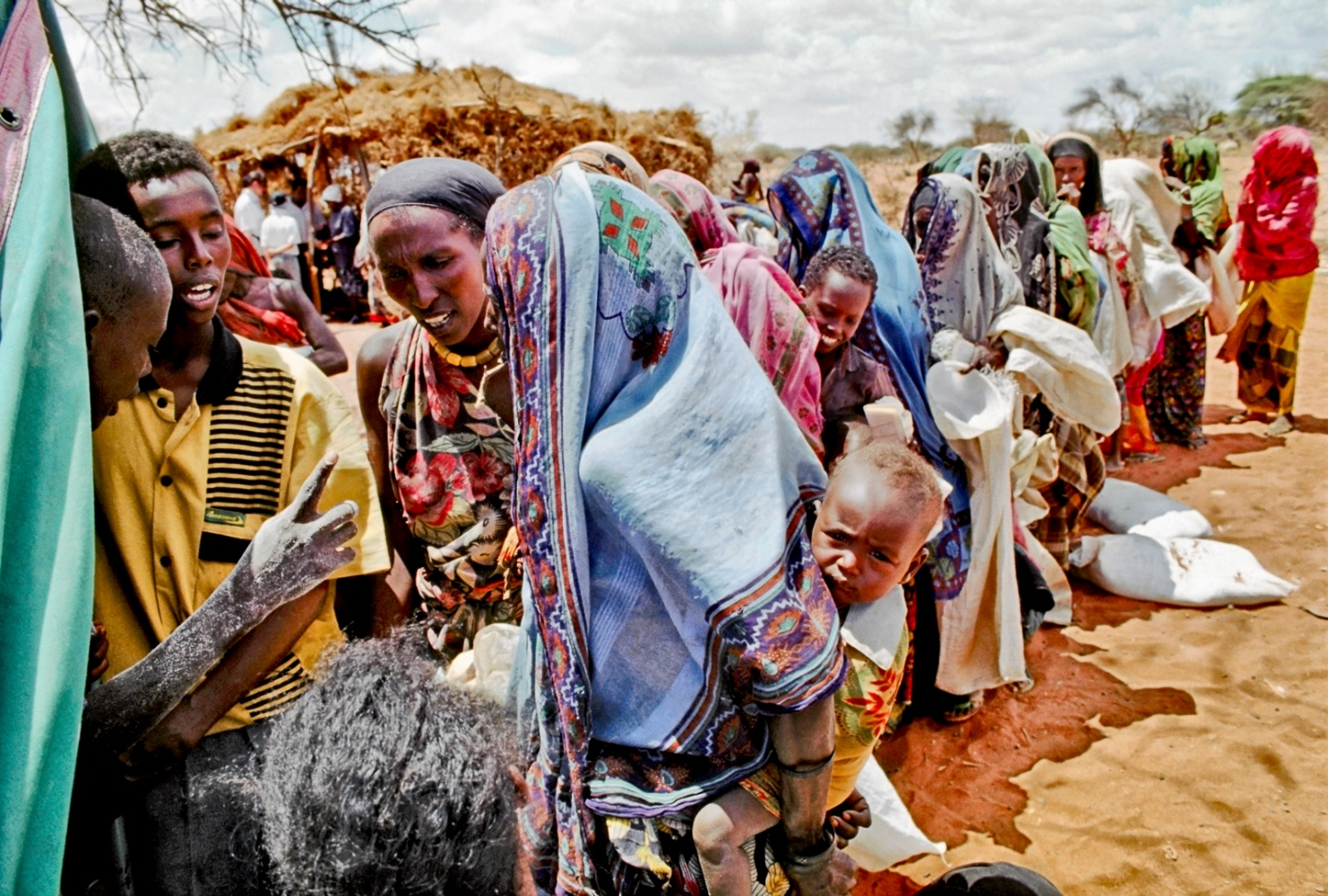 Art and Documentary Photography - Loading wajir_aid.jpg