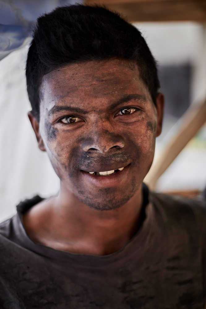 A Malagasy metalworker.