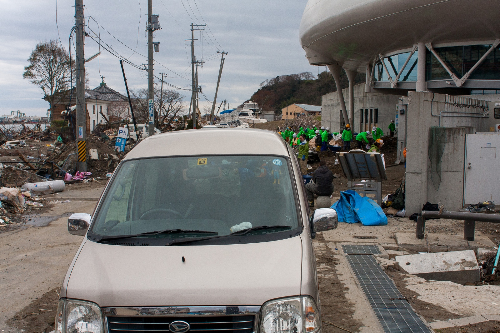 Art and Documentary Photography - Loading Ishinomaki_Orig-7.jpg
