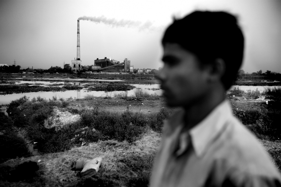 Art and Documentary Photography - Loading india_o.jpg