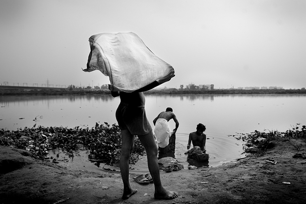 Art and Documentary Photography - Loading india_q.jpg