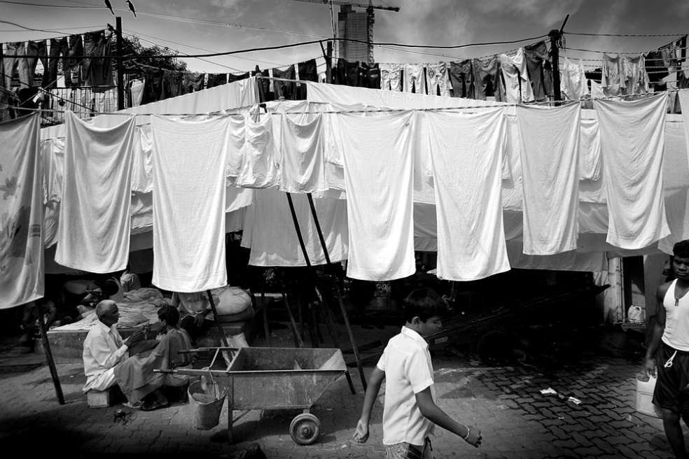 Art and Documentary Photography - Loading india_s.jpg