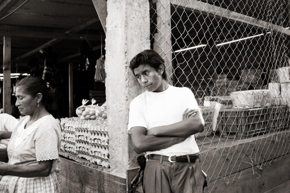 Art and Documentary Photography - Loading Guatemala02.jpg