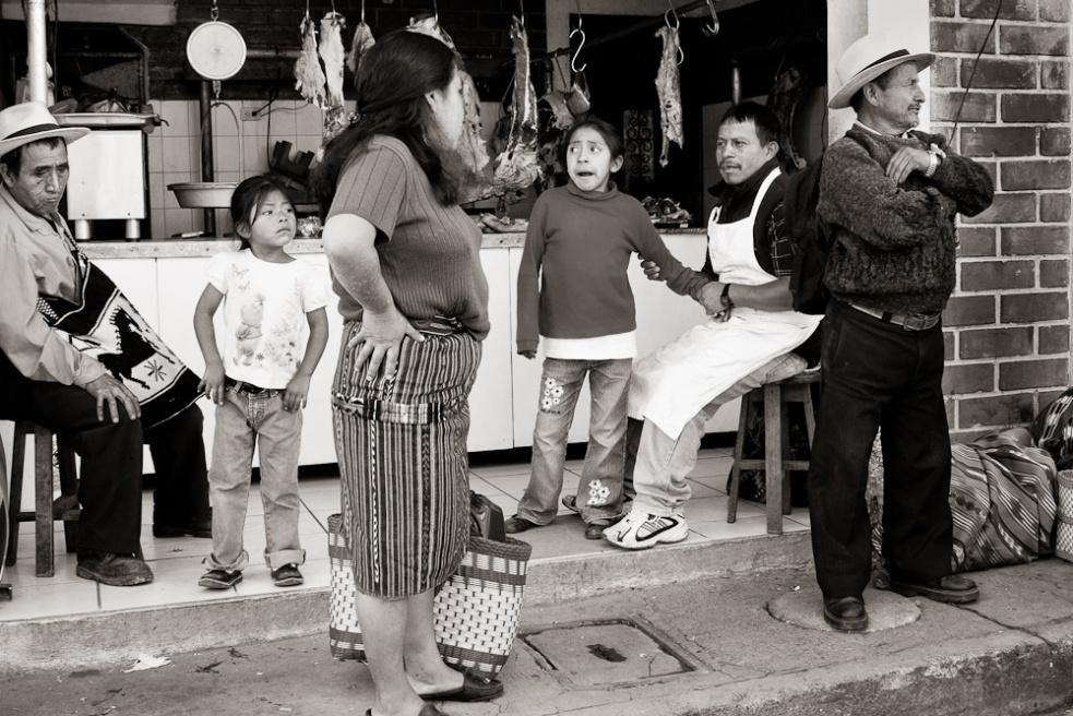 Art and Documentary Photography - Loading Guatemala04.jpg