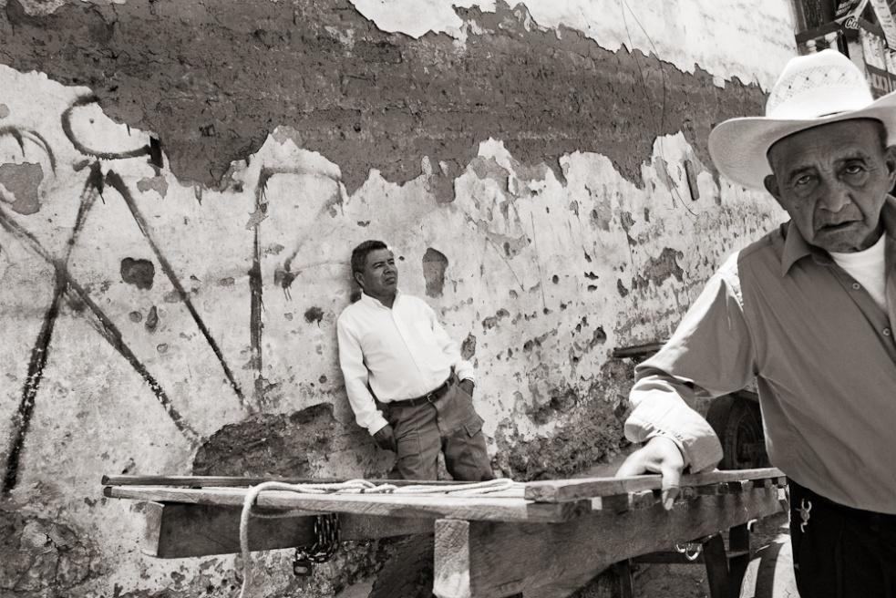 Art and Documentary Photography - Loading Guatemala07.jpg