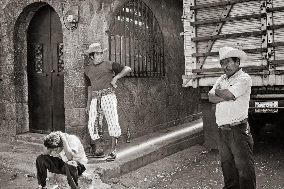 Art and Documentary Photography - Loading Guatemala12.jpg