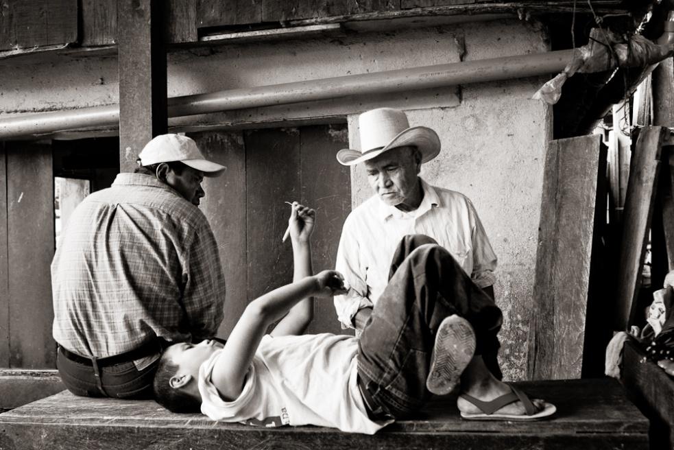 Art and Documentary Photography - Loading Guatemala15.jpg