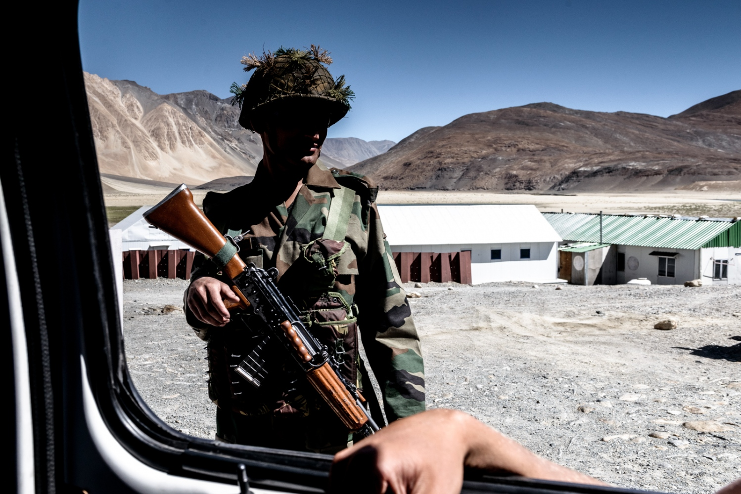 In Ladakh, there is a very noticeable military presence all throughout the region, with bases, checkpoints, convoys, and armed soldiers to be found almost anywhere, but often in the middle of nowhere. For virtue of being nestled in between the borders of Pakistan and China, Ladakh has become a region of great strategic importance and point of tension between India and the neighboring powers.