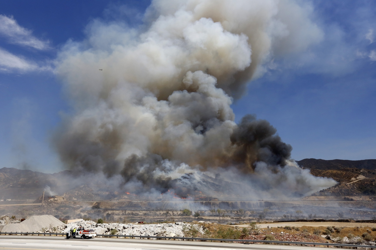 The Sand Fire explodes out of control of fire crews shortly after it started around 2 p.m. on Friday, July 22, 2016. It started around five acres, and spread to more than 37,000 acres by Tuesday. Katharine Lotze/The Signal