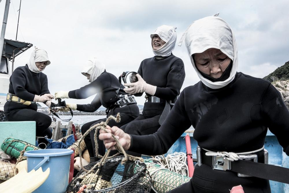 Photography image - Loading Women_of_sea-3.jpg
