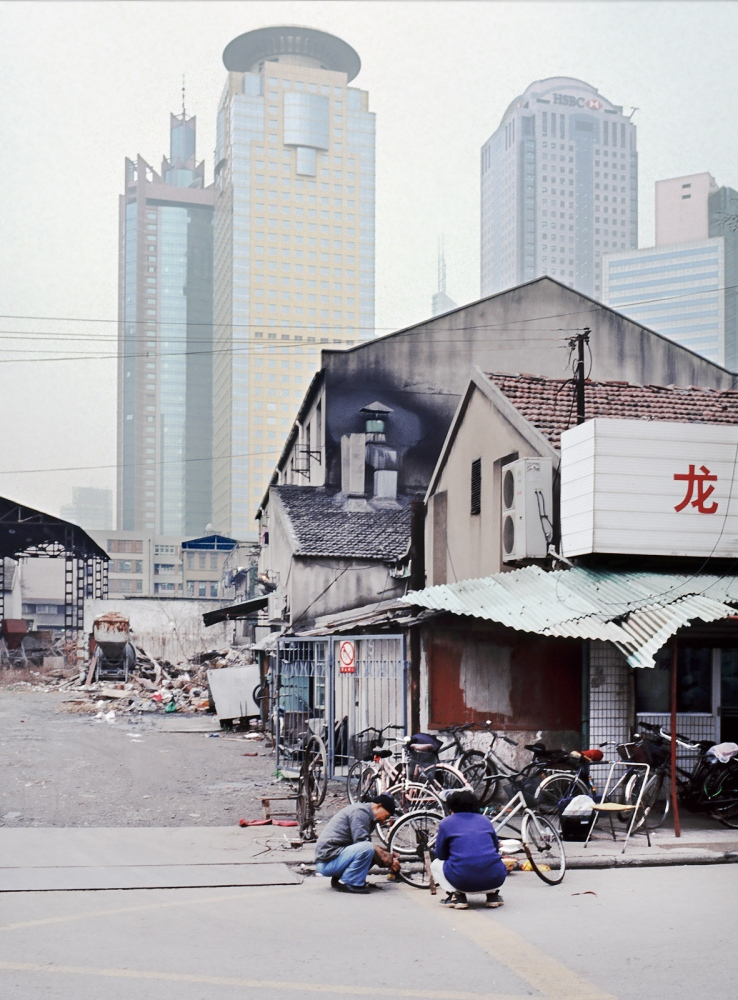 Art and Documentary Photography - Loading pudong.jpg