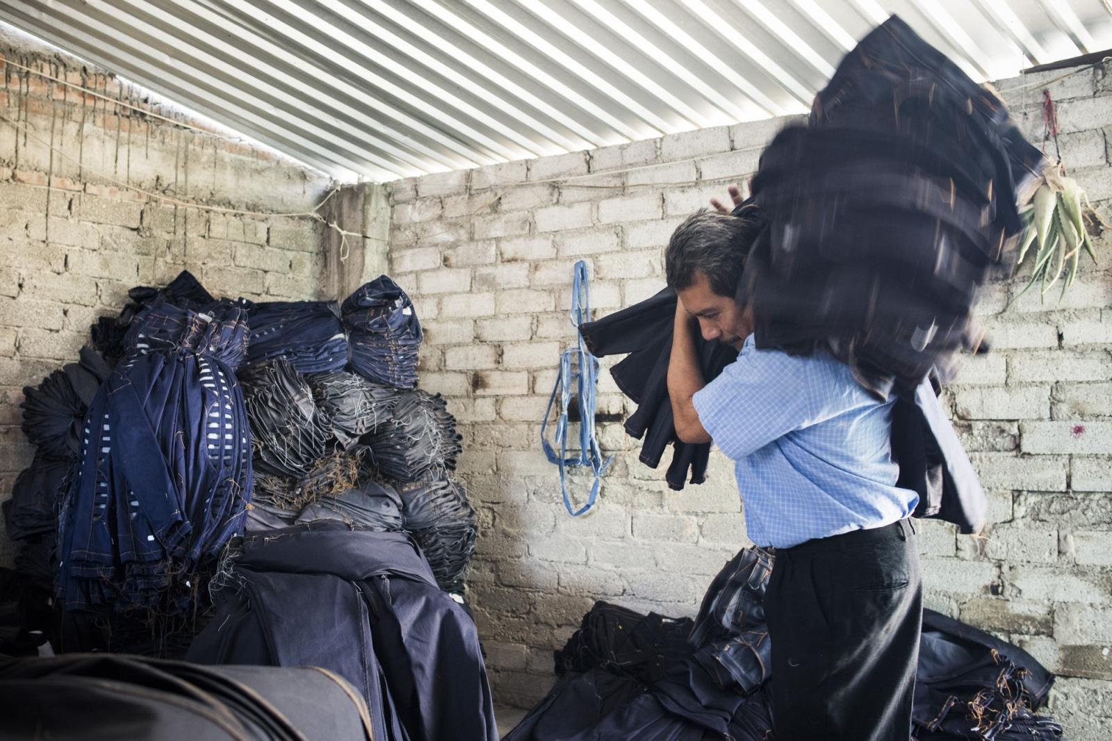 Clandestine denim enterprise in Tehuacan