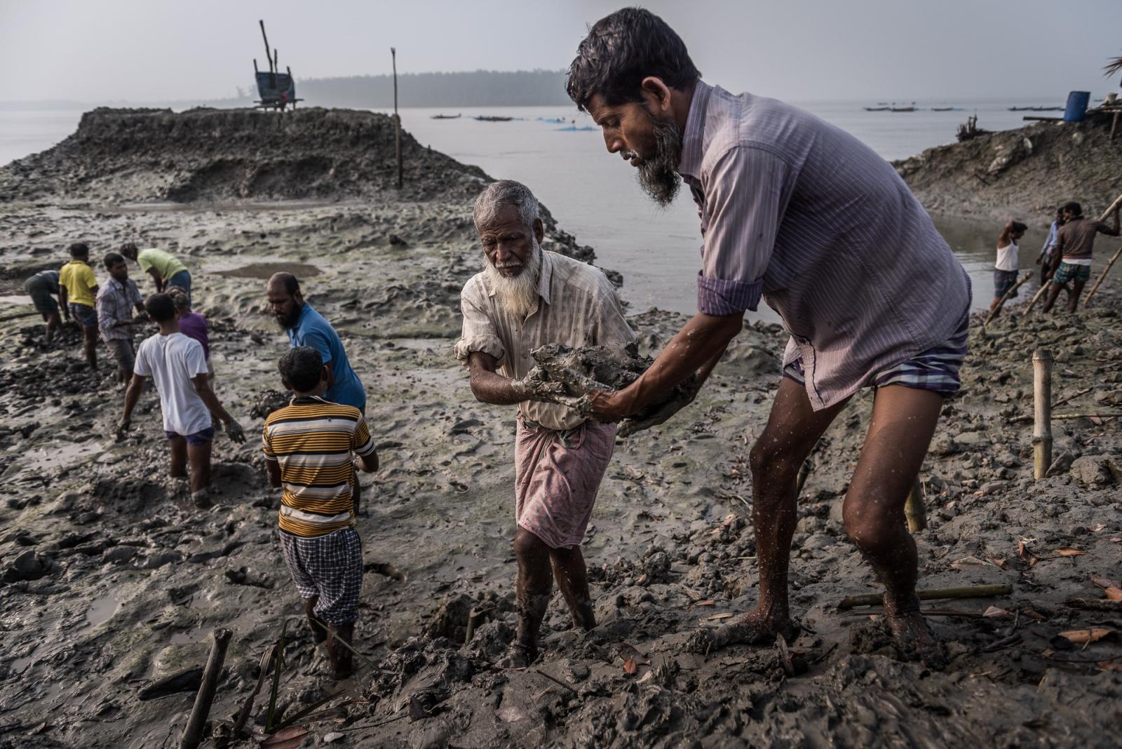 Art and Documentary Photography - Loading Climate_changed_-_Ignacio_Marin-9.jpg