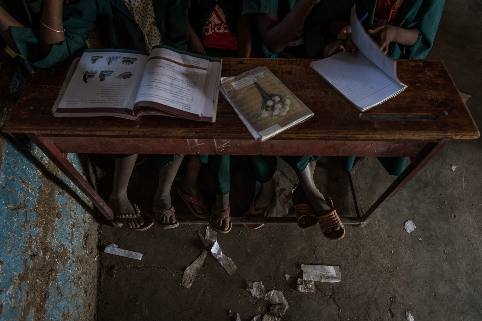 Art and Documentary Photography - Loading Occupation_girl_-_ignacio-marin.com-5.jpg