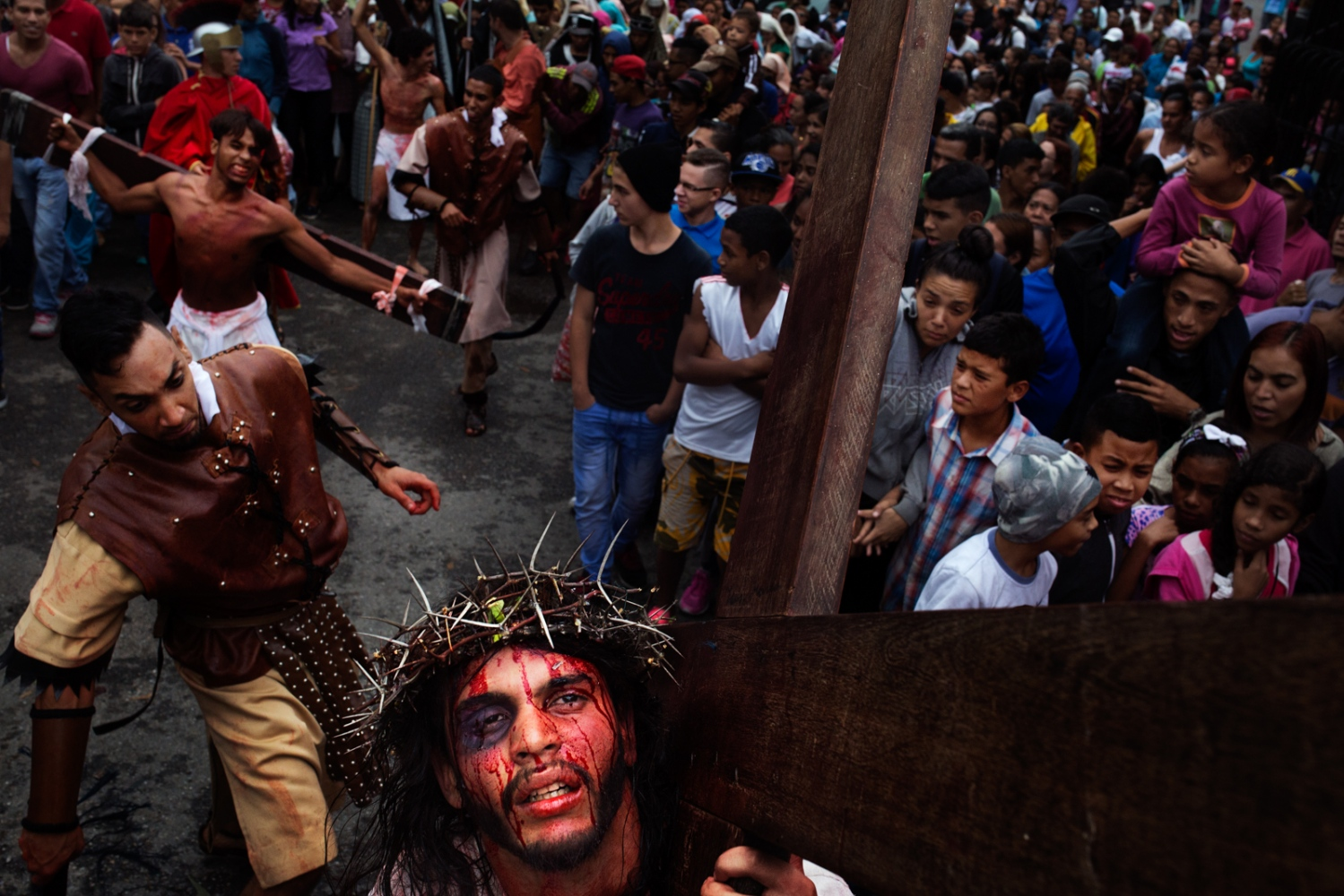 Art and Documentary Photography - Loading 001_HolyWeekVenezuela.jpg