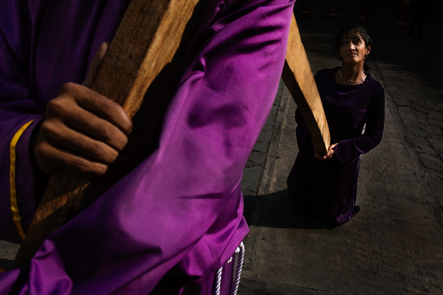 Art and Documentary Photography - Loading 008_HolyWeekVenezuela.jpg