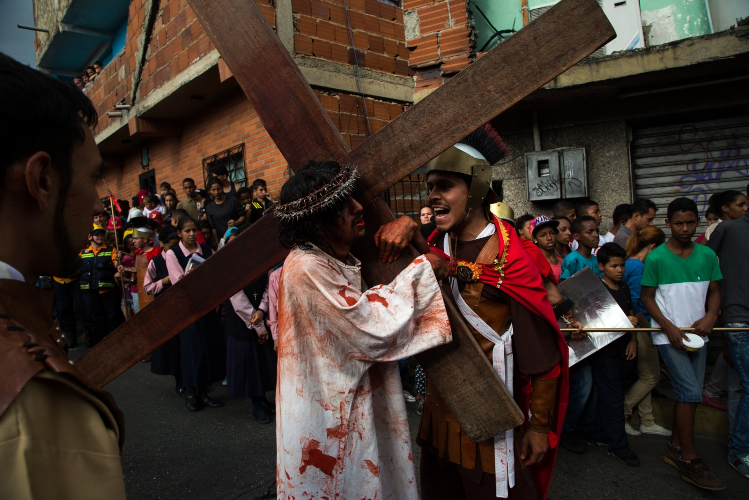 Art and Documentary Photography - Loading 012_HolyWeekVenezuela.jpg