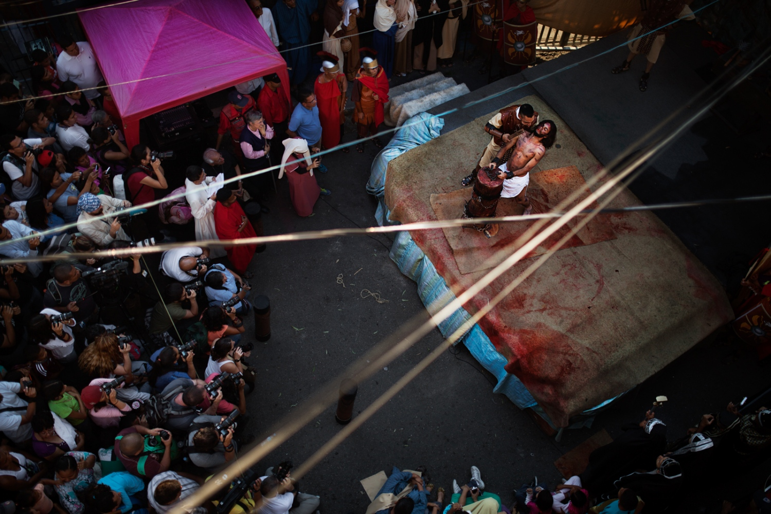 Art and Documentary Photography - Loading 015_HolyWeekVenezuela.jpg
