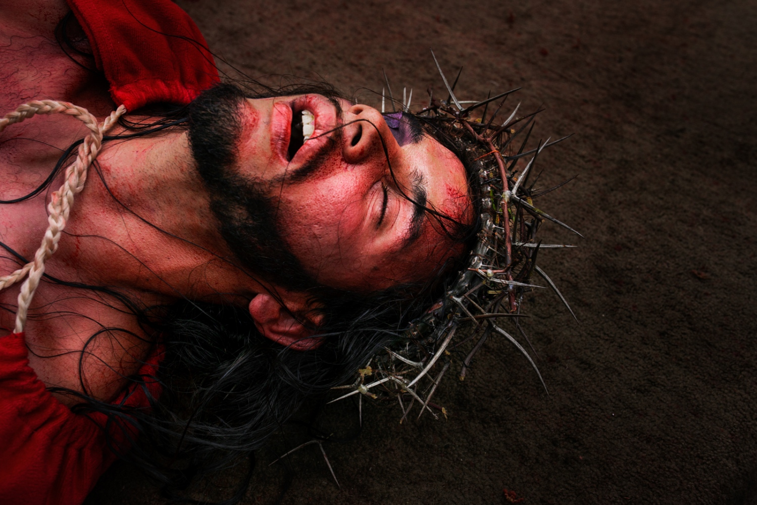 Art and Documentary Photography - Loading 016_HolyWeekVenezuela.jpg