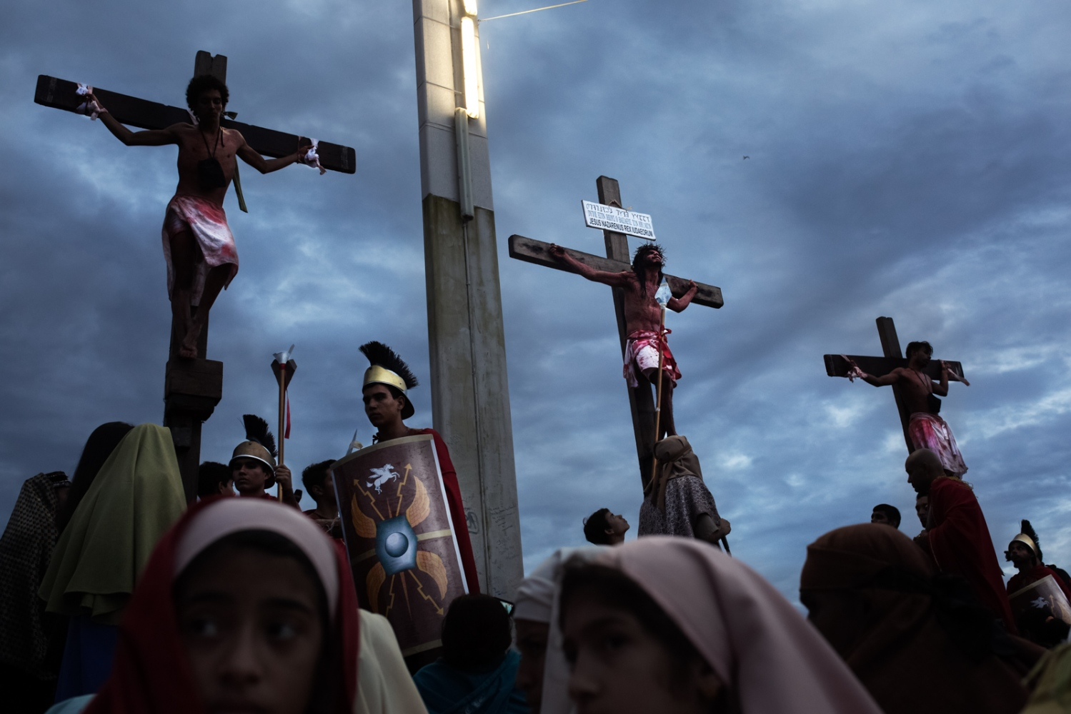 Art and Documentary Photography - Loading 024_HolyWeekVenezuela.jpg