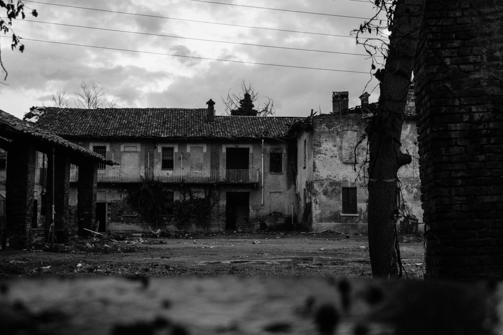 Art and Documentary Photography - Loading 003.jpg