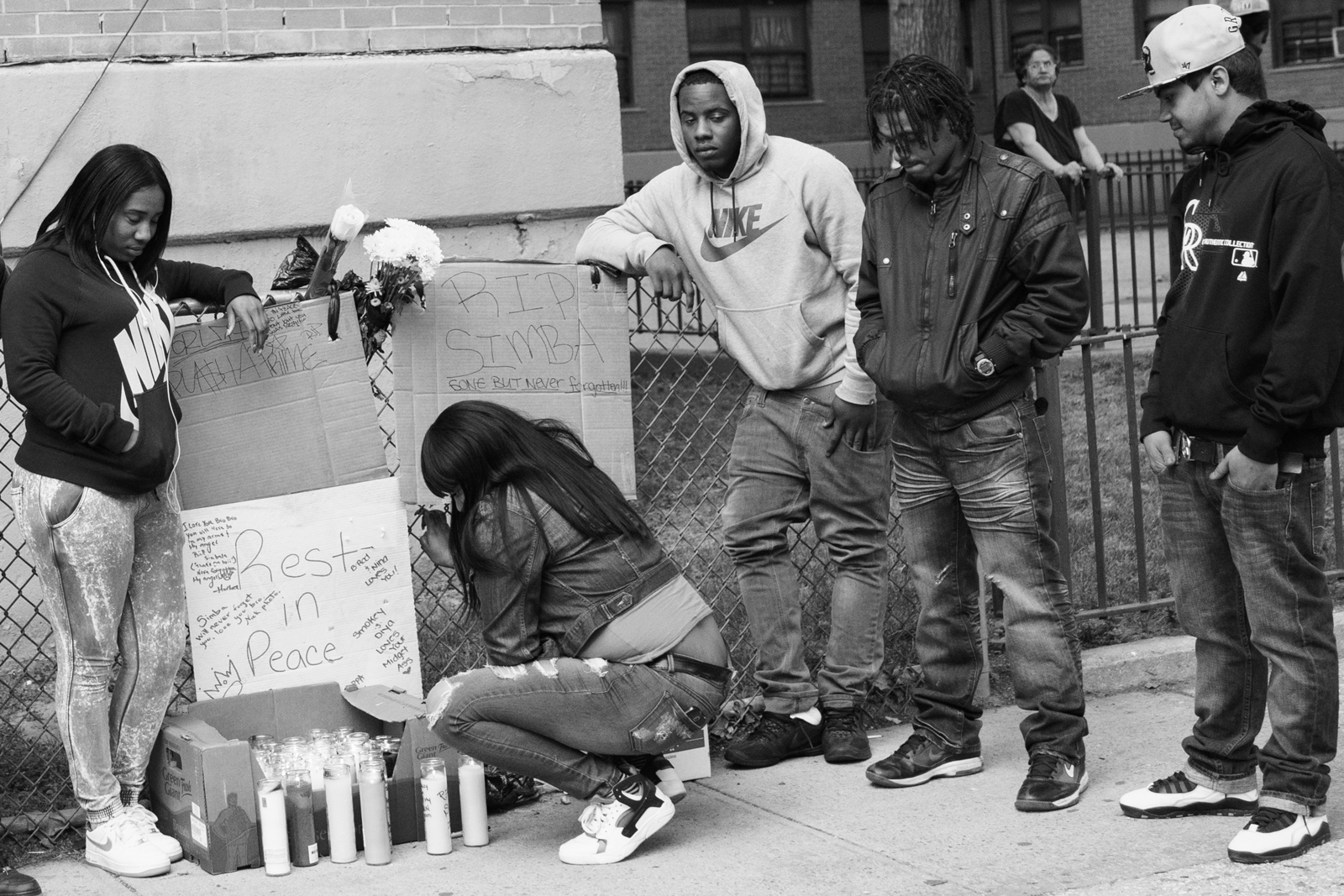 Gang members and friends mourn the death of Simbaa who died after being stabbed 20 times in the chest in Williamsburg-Brooklyn. dead has become something familiar to gang members, memorial ceremonies and visits to the hospital are common and they always live with the fear of who is gonna be the next one.