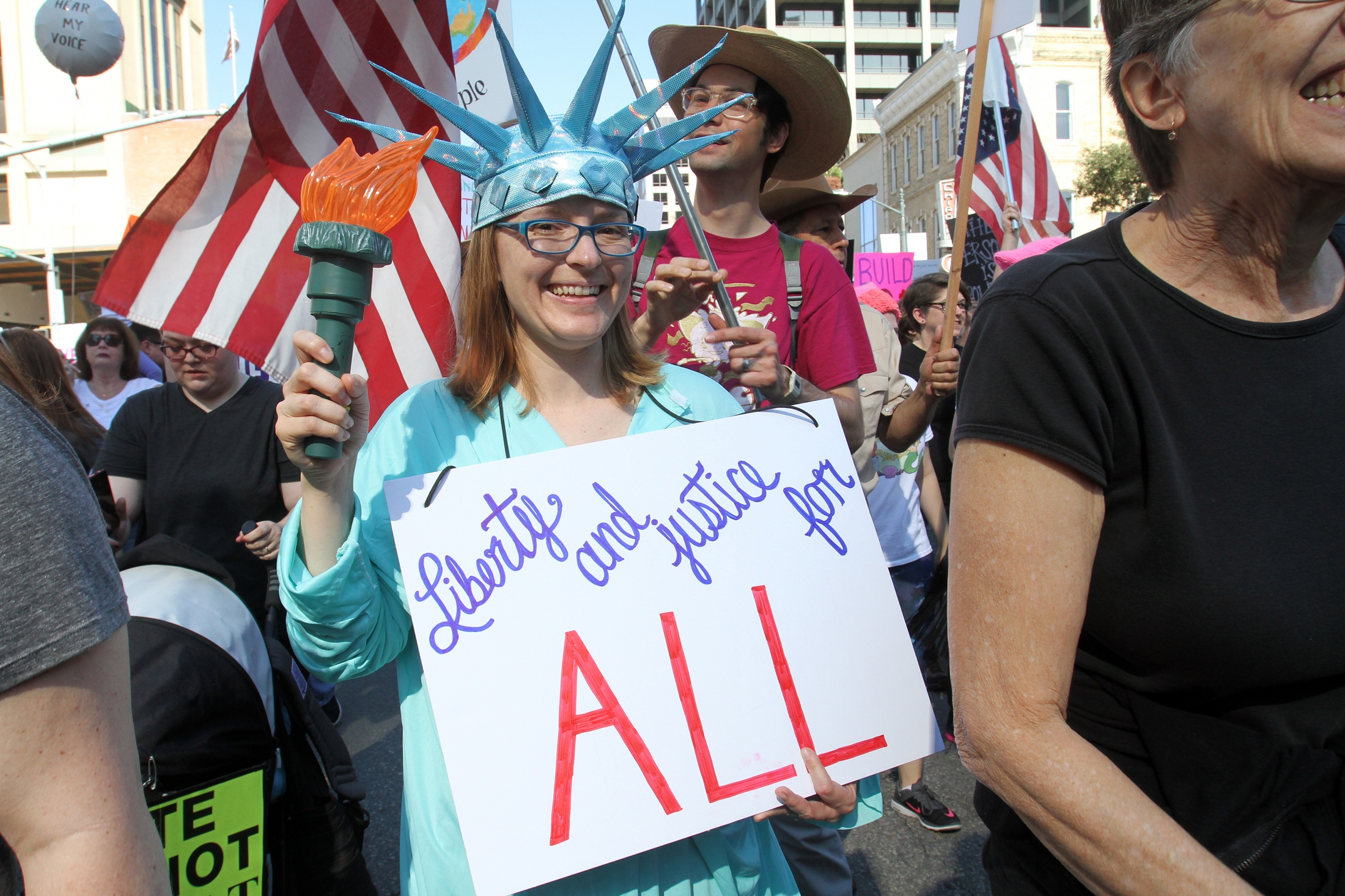 Art and Documentary Photography - Loading 012217_ATX_Womens_March_17.jpg