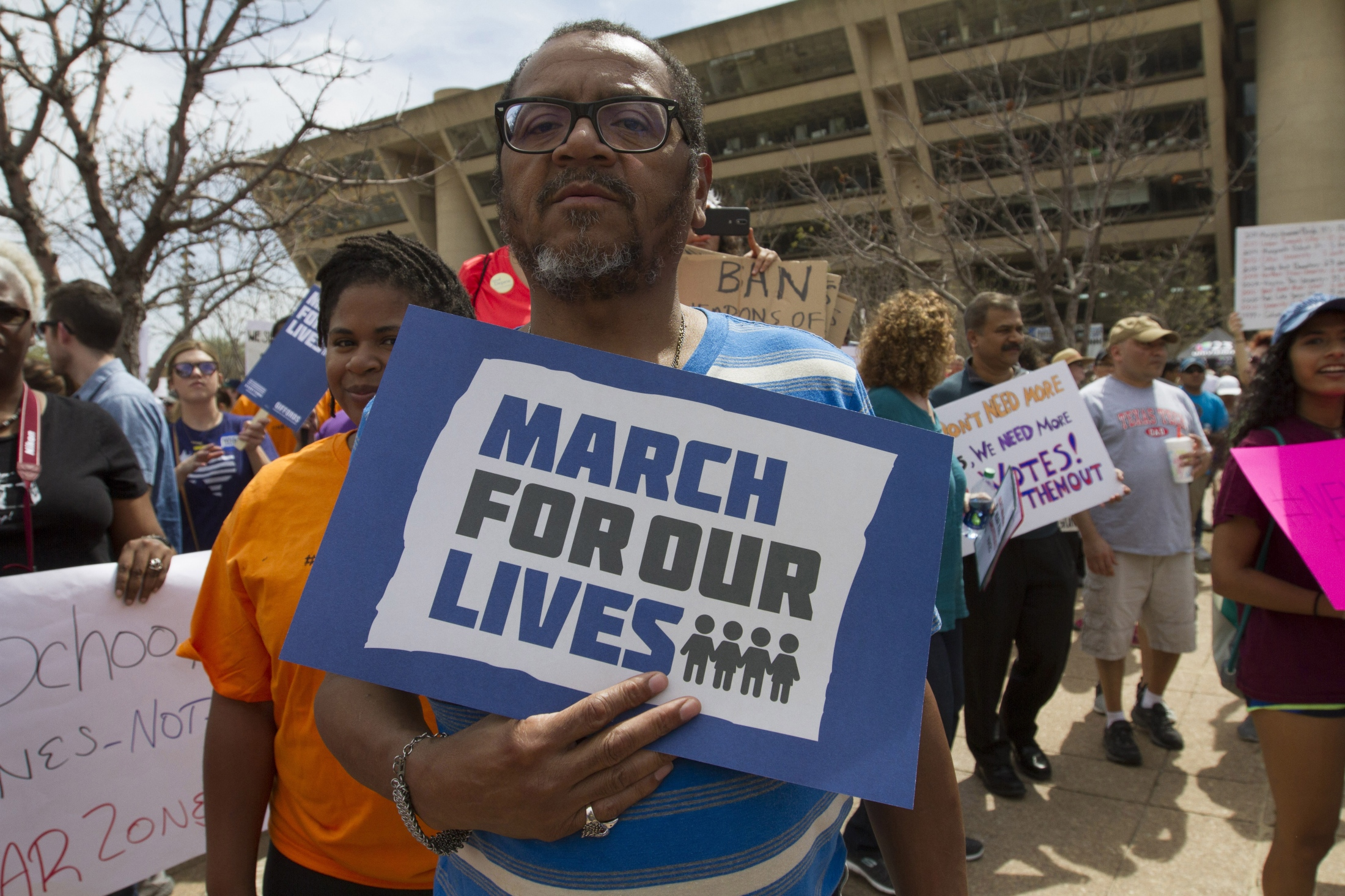 Art and Documentary Photography - Loading Marchforourlives_Dallas09A.jpg