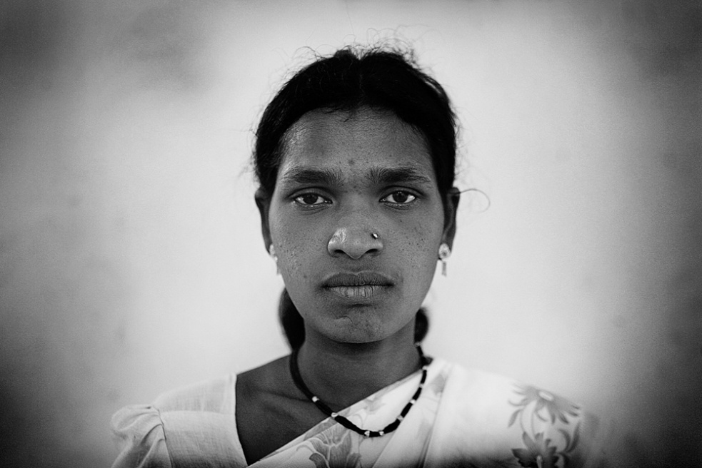 Art and Documentary Photography - Loading india_z.jpg