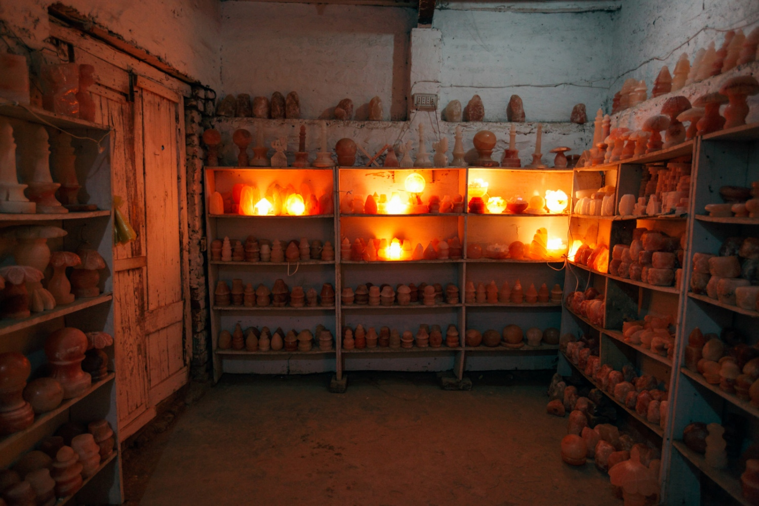Objects carved out of pink rock salt extracted from the Khewra salt mine are exhibited at this small simple shop which sells the objects to the occaisional visitor.
