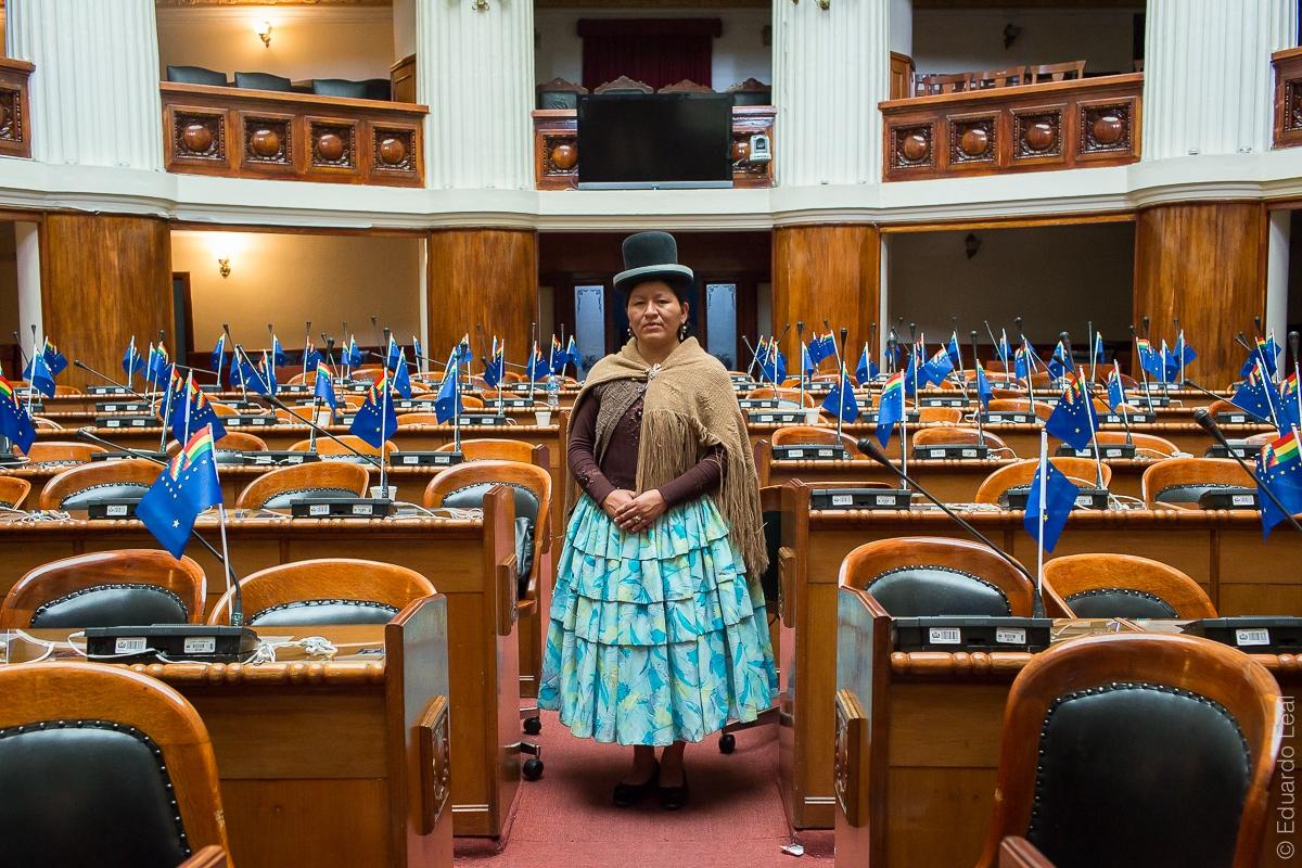 Art and Documentary Photography - Loading Cholitas_Rise-2.jpg