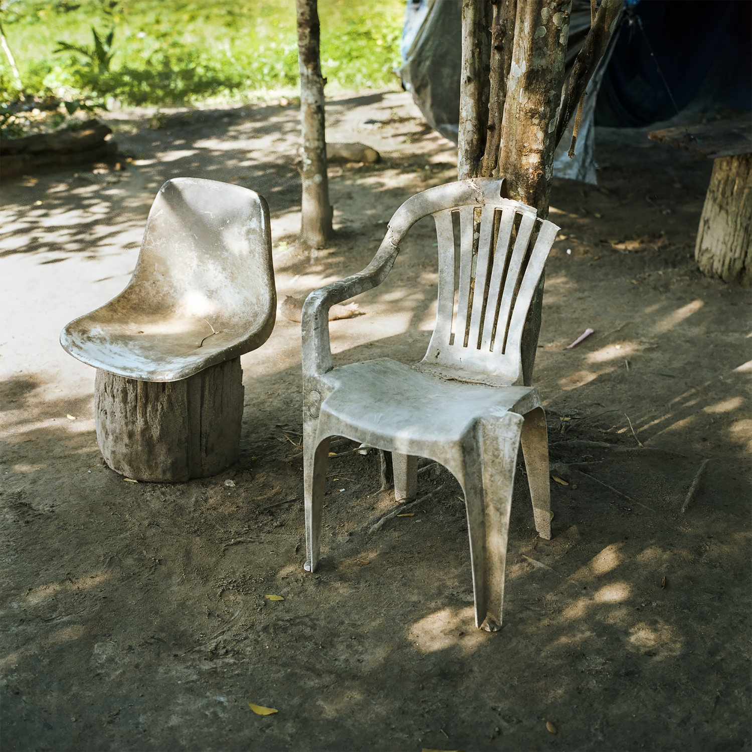 2017. A chair that has been repaired with fishing line at a relocation site for a riberihno family on the Belo Monte Dam Reservoir.  /Aaron Vincent Elkaim