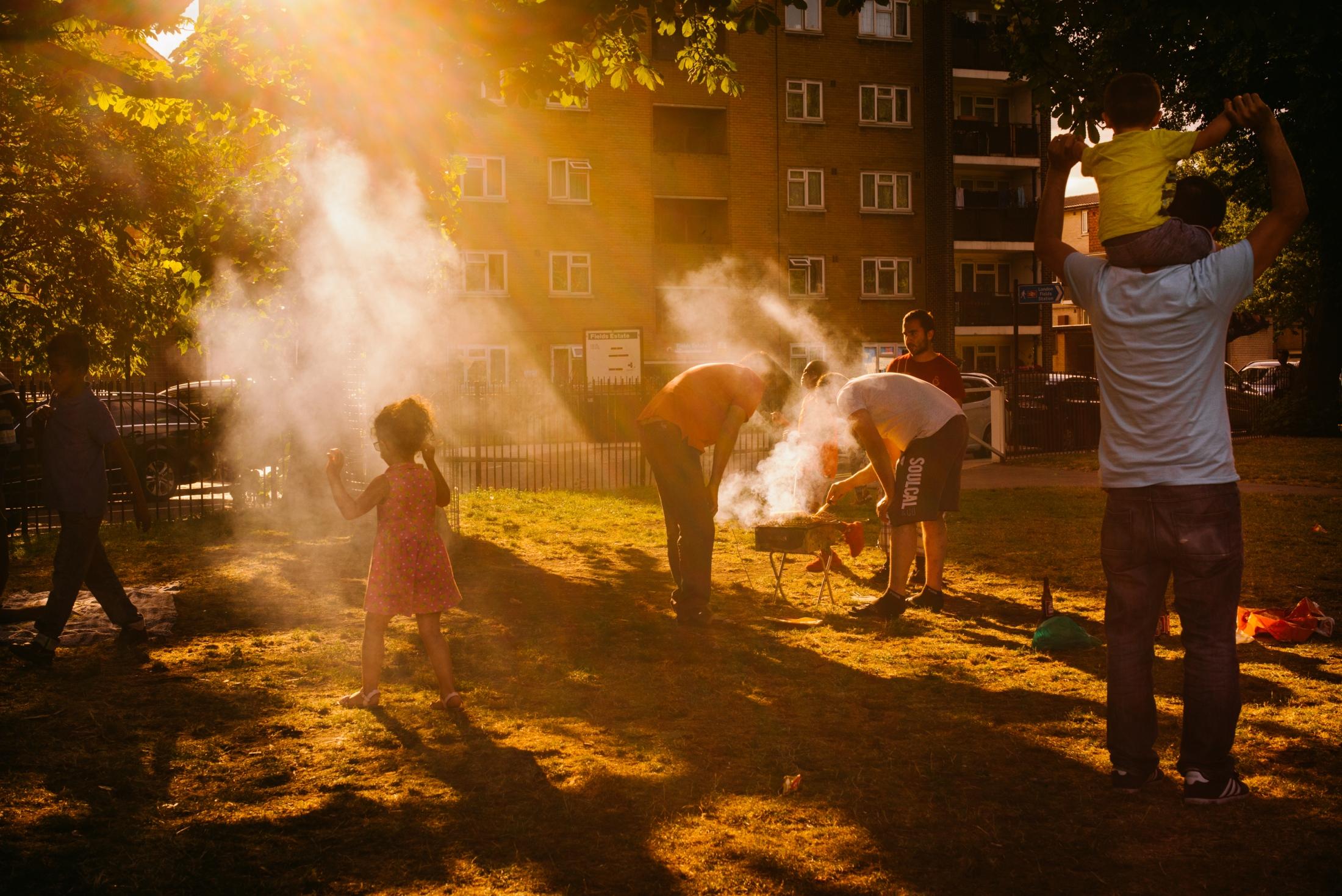 Art and Documentary Photography - Loading documenting_east_london007.jpg