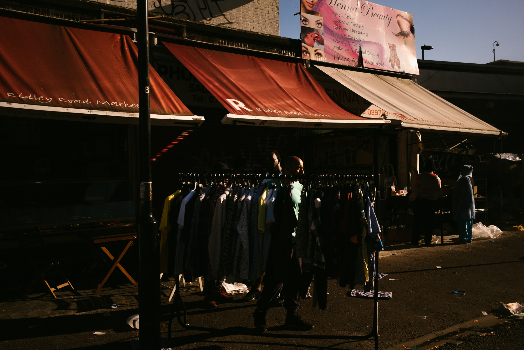 Art and Documentary Photography - Loading documenting_east_london011.jpg
