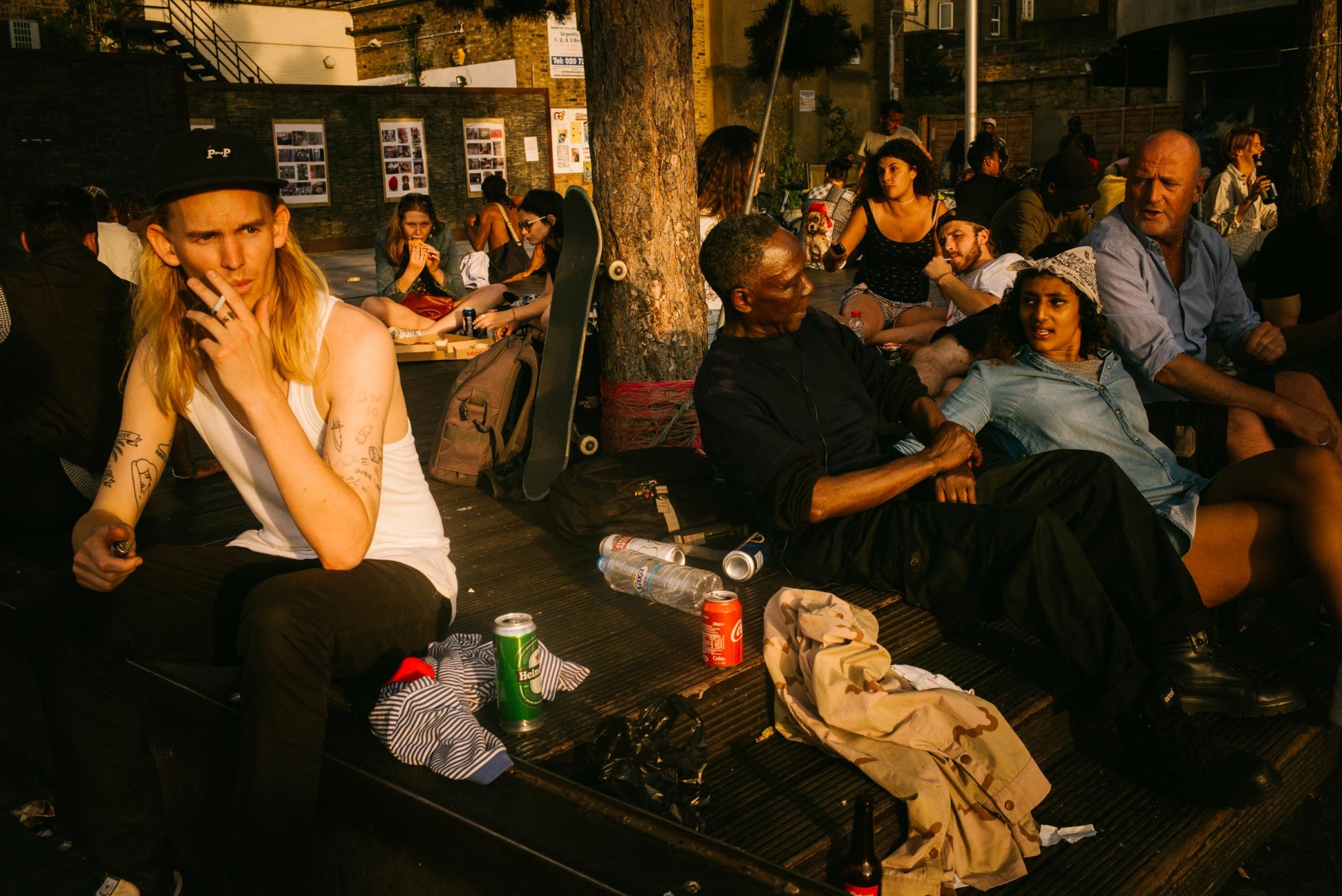 Art and Documentary Photography - Loading documenting_east_london019.jpg