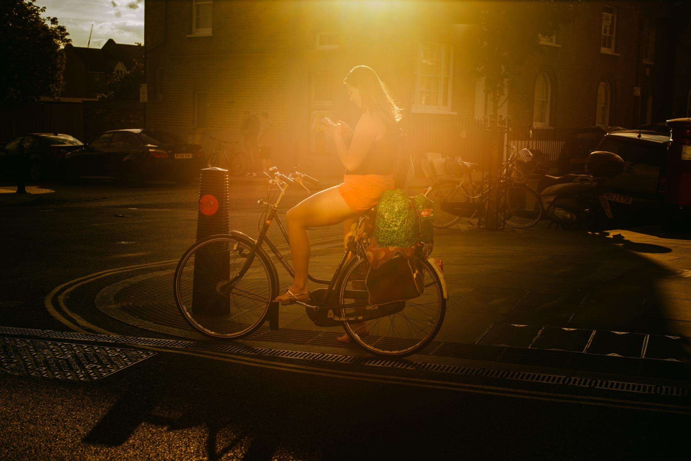 Art and Documentary Photography - Loading documenting_east_london021.jpg