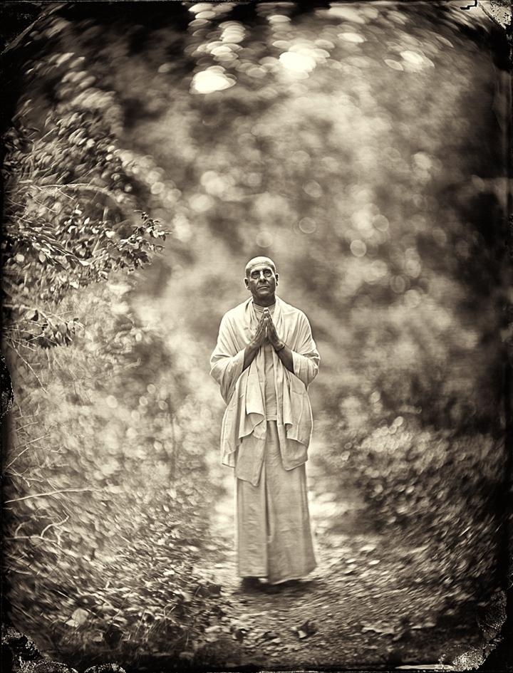 Art and Documentary Photography - Loading Radhanath-Swami.jpg