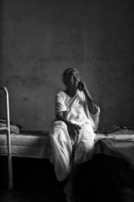 Art and Documentary Photography - Loading TanviMishra-005.jpg
