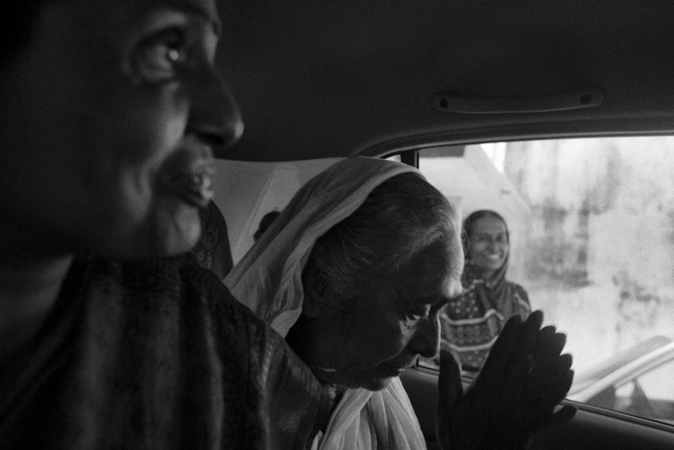 Art and Documentary Photography - Loading TanviMishra-012.jpg