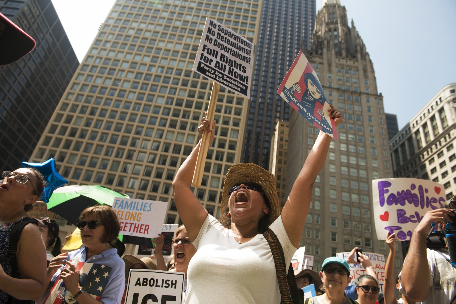 Photography image -  #familiesbelongtogether Chicago
