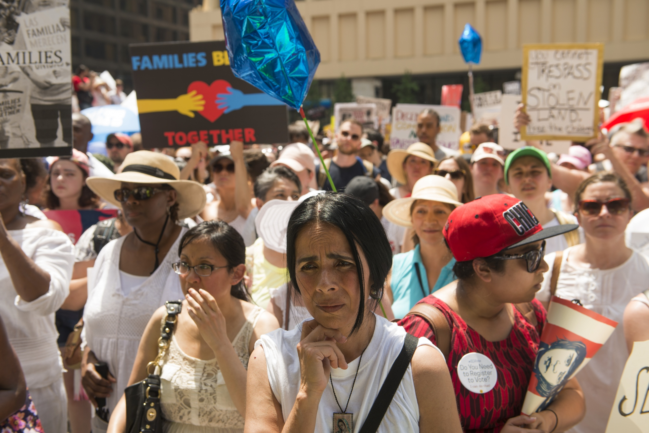 Photography image -  #familiesbelongtogether Chicago