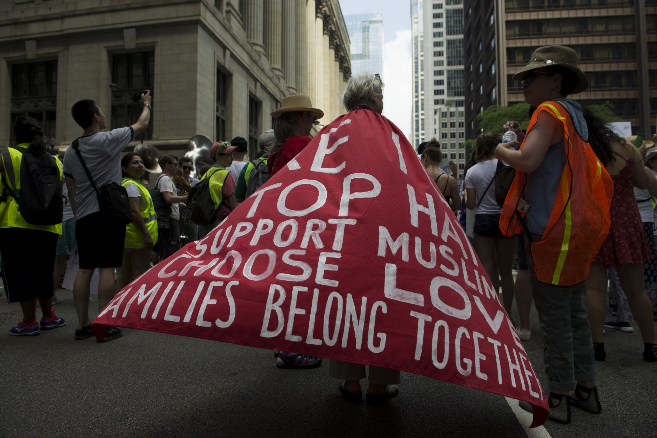 <p>#familiesbelongtogether Chicago</p>