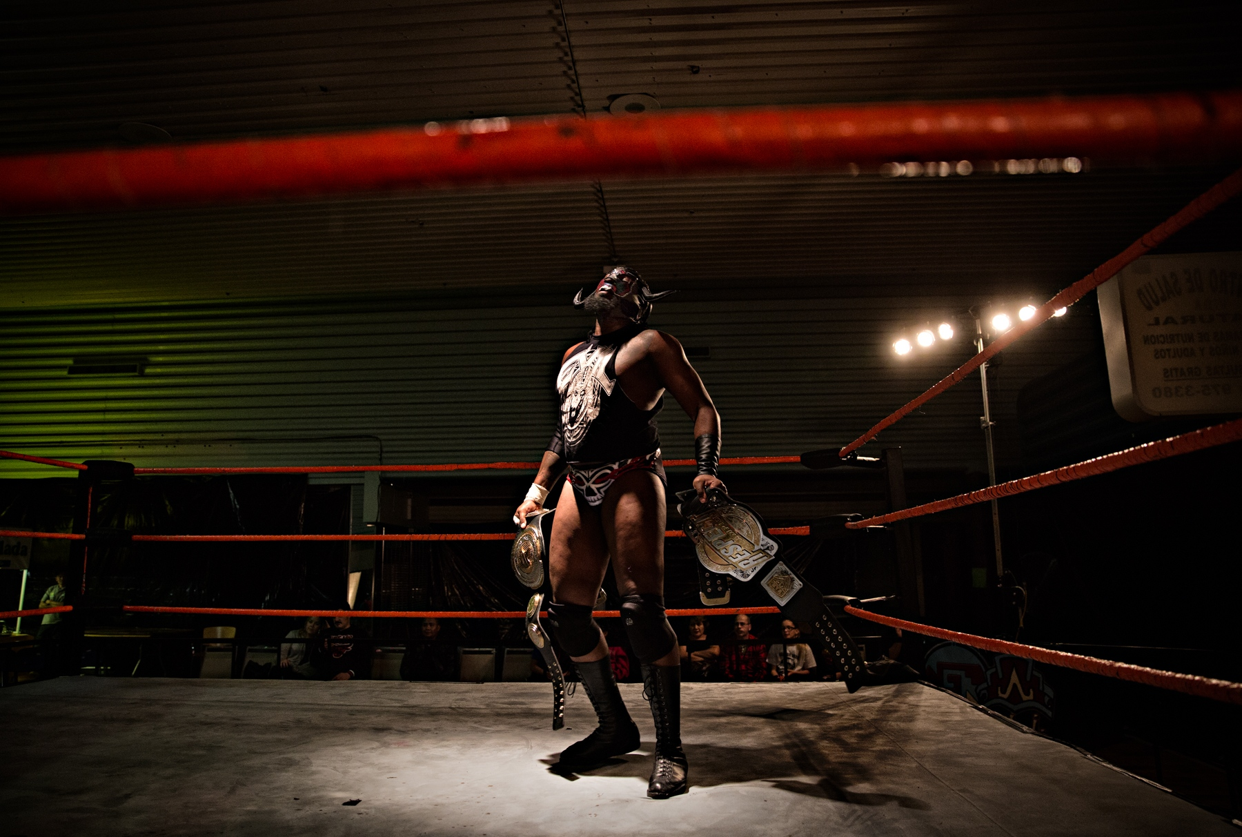 Art and Documentary Photography - Loading LuchaLibre-9259-Edit.jpg