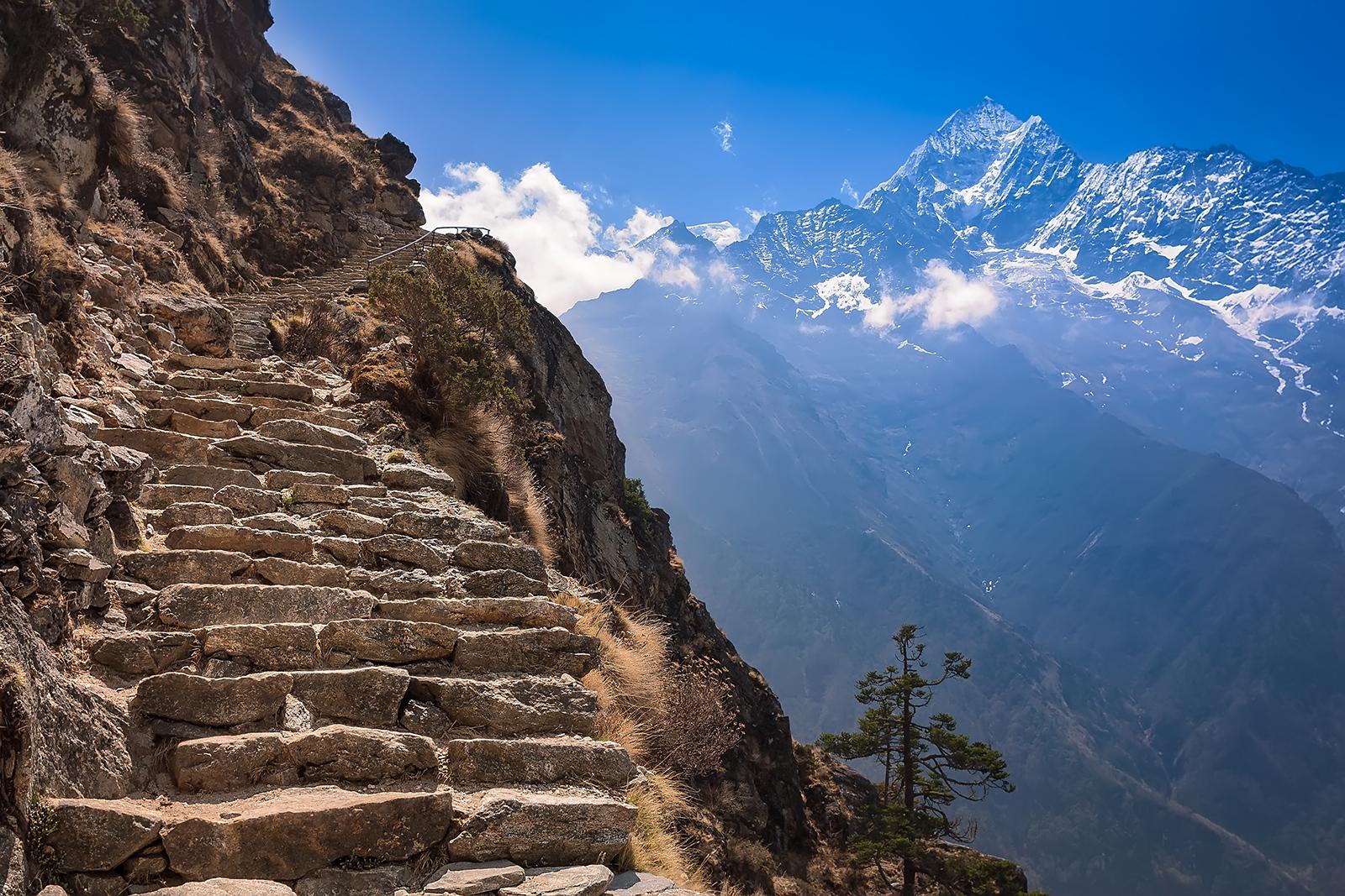Paso de Mong. Treking valle de Gokio. (Nepal)