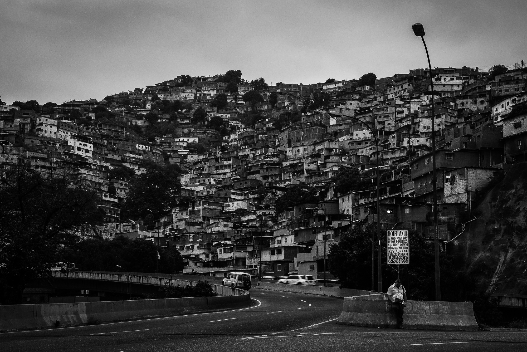Art and Documentary Photography - Loading Caracas-19.jpg