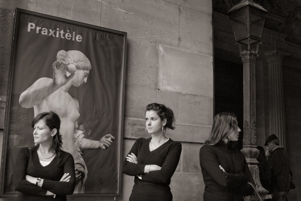 Art and Documentary Photography - Loading Paris05.jpg