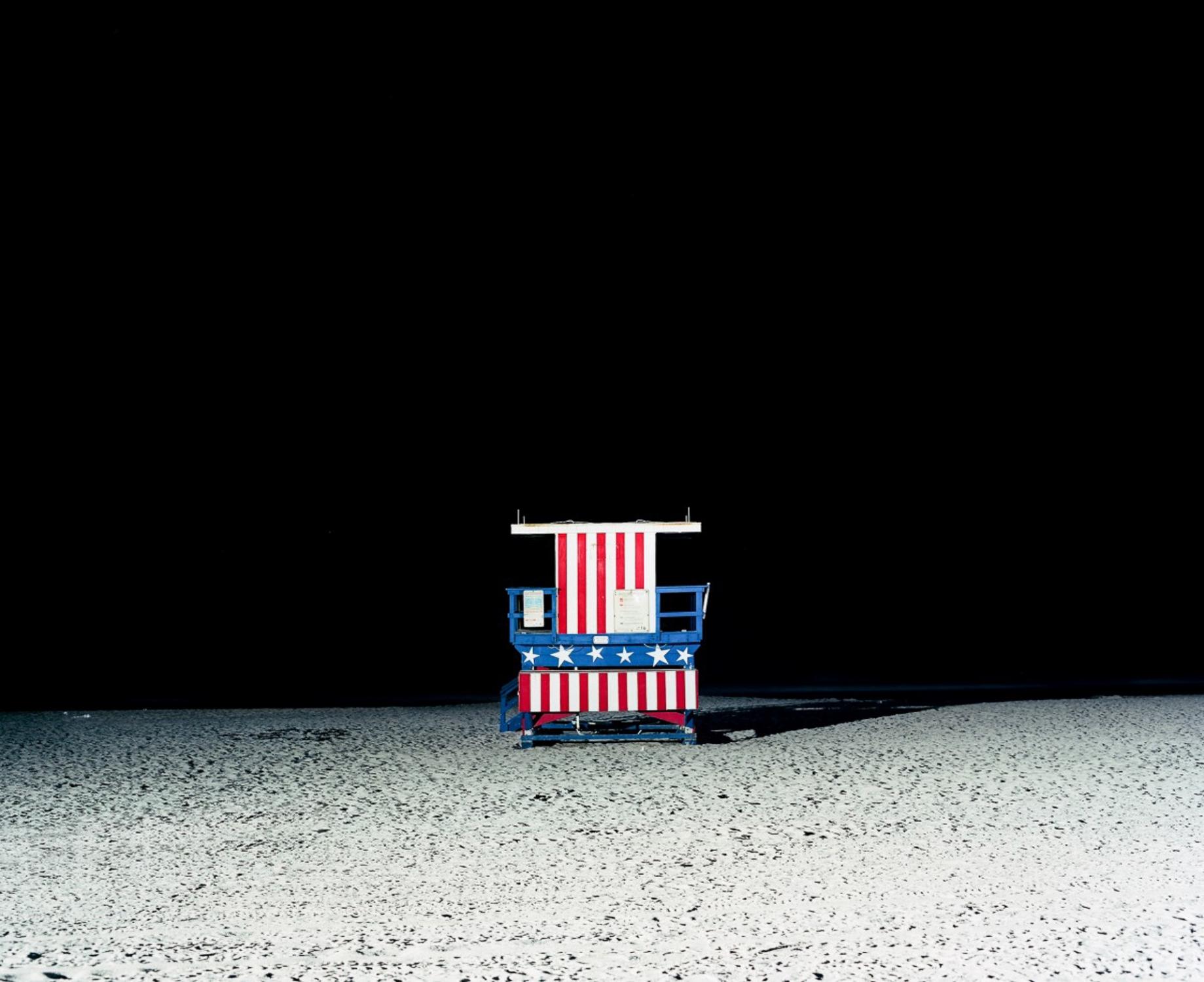Art and Documentary Photography - Loading Miami-Beach-Marco-Arguello-Photographer-5.jpg