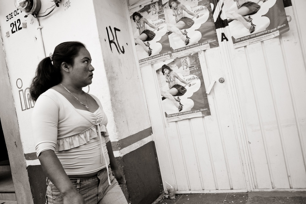 Art and Documentary Photography - Loading Oaxaca02.jpg