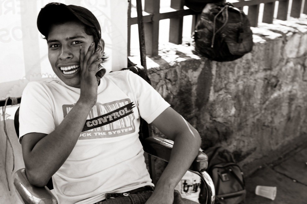 Art and Documentary Photography - Loading Oaxaca03.jpg