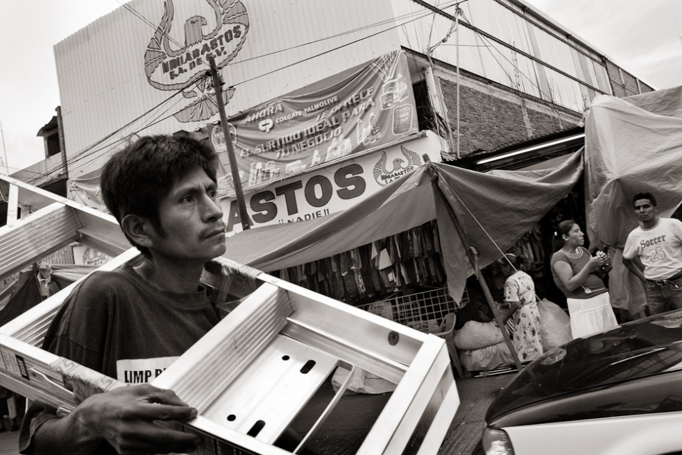 Art and Documentary Photography - Loading Oaxaca05.jpg
